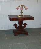 07 Parlor_Table